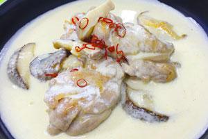 鶏と椎茸の生クリームさっと煮
