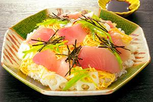 びんちょう鮪のちらし寿司