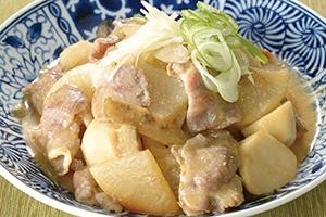 豚肉と大根の味噌煮込み